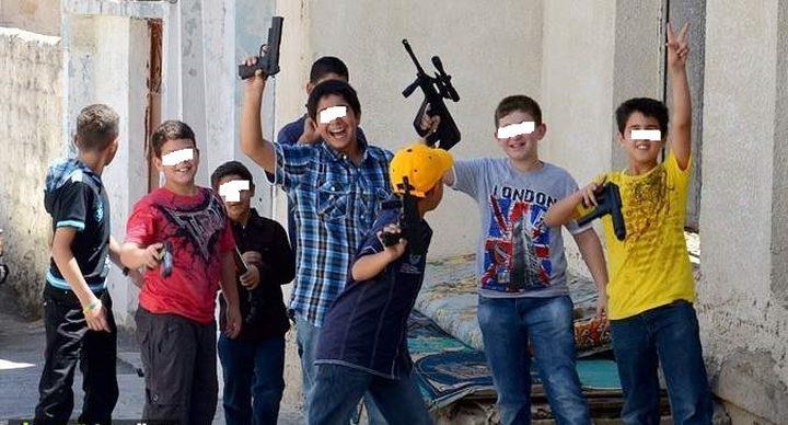 """نهار العيد: """"أسلحة"""" من نوع آخر بمتناول الأطفال والأهالي يصرخون"""