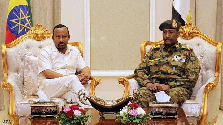 """آبي أحمد يدعو إلى انتقال """"ديمقراطي سريع"""" في السودان"""