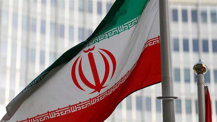 """إيران ترد على العقوبات الأمريكية لقطاع البتروكيماويات"""""""