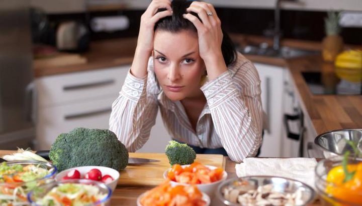 أبرز الأطعمة التي تخلصك من القلق الدائم