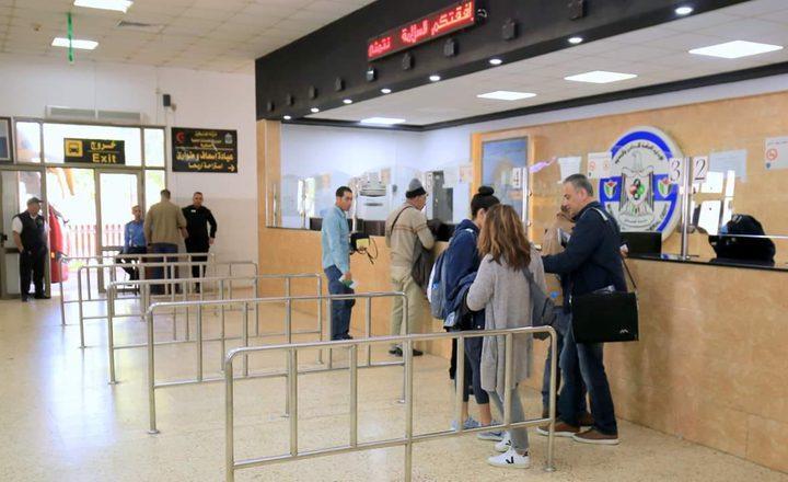 تنقل 4346 مسافر عبر معبر الكرامة