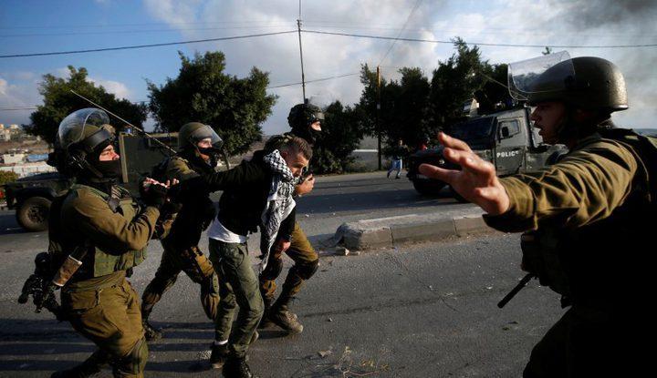 الاحتلال يعتقل 37 مواطنا من الضفة خلال فترة عيد فطر