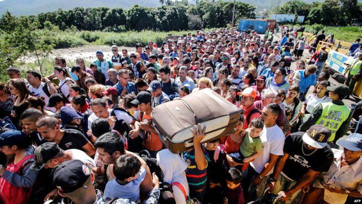 نزوح الآلاف من فنزويلا لكولومبيا بعد اعادة فتح الحدود