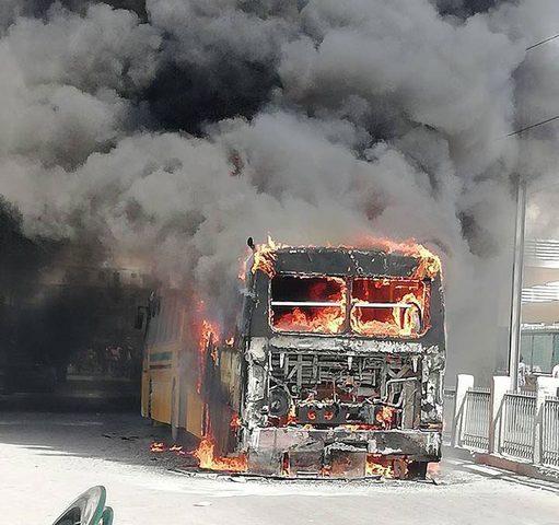 مصرع 18 شخصا حرقا بحادث سير في نيجيريا