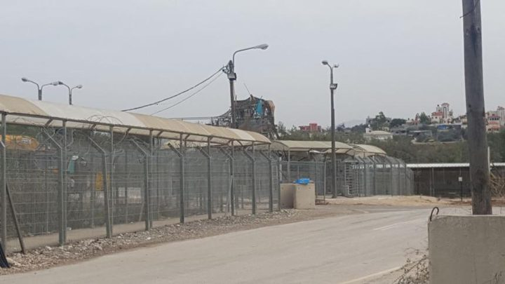 الاحتلال يعتقل شابًا بزعم محاولته إدخال قنبلة لمحكمة سالم