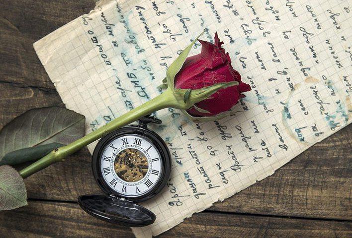 رسالة رومانسية عمرها 65 عامًا جمعت عاشقين ما قصتها؟