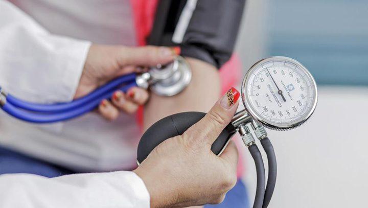ما هي أسباب ارتفاع الضغط عند التدخين والتقدم في السن ؟