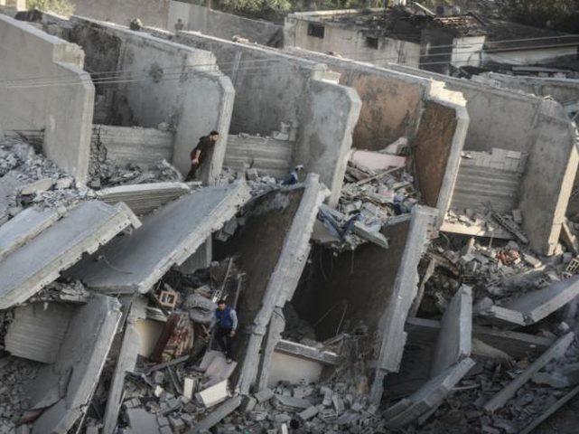بتسليم: إسرائيل تعمدت قصف مبانٍ في غزة بدون إنذار