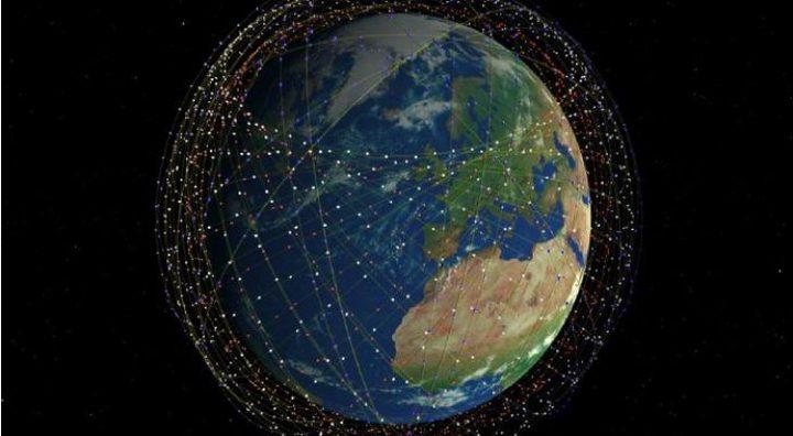 """فلكيون يحذرون من """"فوضى جديدة"""" بسبب أقمار الإنترنت"""