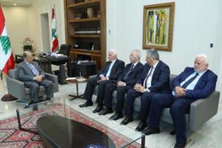 الأحمد يسلم رسالة من الرئيس لنظيره اللبناني
