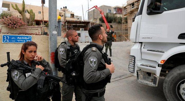 الشرطة الاسرائيلية تنكل بعامل من صانور داخل أراضي الـ48