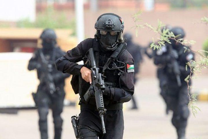 الأمن الوقائي في جنين يلقي القبض على مروج مخدرات في المحافظة