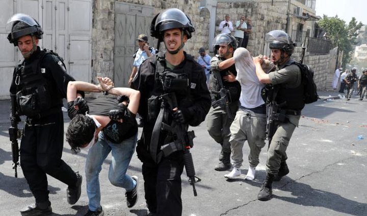 اعتقال أربعة مواطنين من القدس بينهم حارس للأقصى