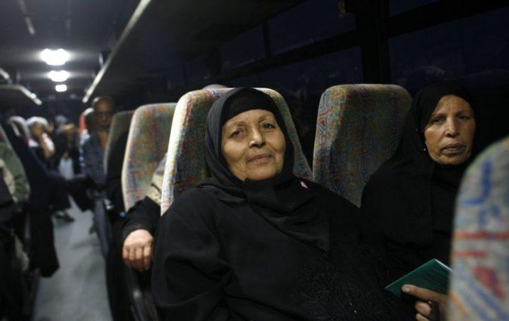 """أهالي أسرى غزة يتوجهون لزيارة أبنائهم في سجن"""" الرامون"""""""