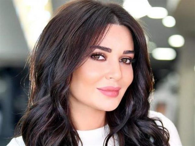 سيرين عبد النور تعلّق على الصلحة مع نادين نسيب نجيم
