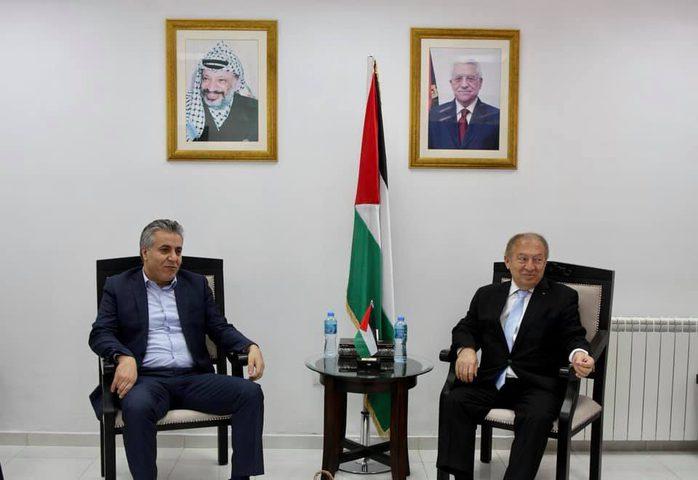 """""""الضابطة الجمركية"""" و""""الإقتصاد"""" تبحثان تنظيم السوق الفلسطيني"""