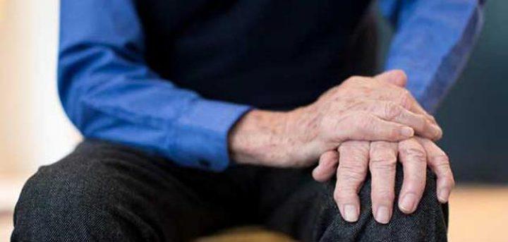 ما هو الحل الامثل لعلاج رعشة اليدين لدى كبار السن؟
