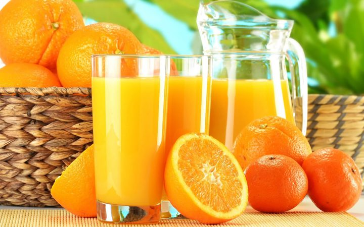 فيتامين سي وعلاقته بالبرتقال