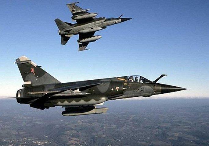 """مسافرة """"مزعجة""""تدفع طاقم طائرة إلى الاستغاثة بسلاح الجو البريطاني"""