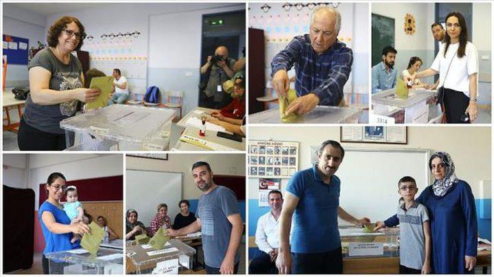 بدء فرز الأصوات في انتخابات اسطنبول