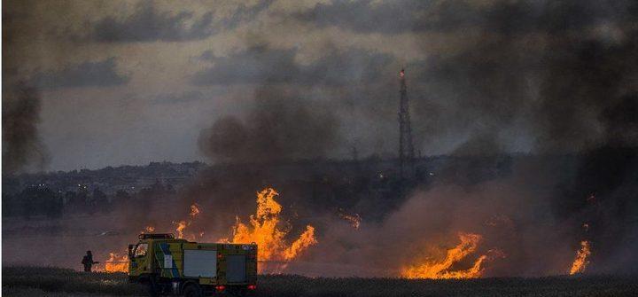"""مسؤول """"إسرائيلي"""" يطالب باجتماع طارئ بسبب البالونات الحارقة"""