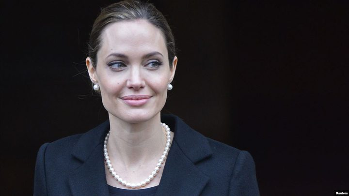 أنجيلينا جولي من ممثلة إلى محررة في مجلة أميركية
