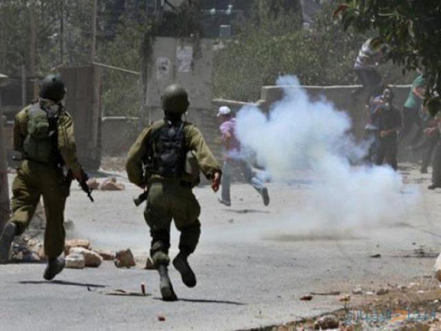 اعتقالات وحالات اختناق خلال مواجهات مع الاحتلال في مخيم جنين