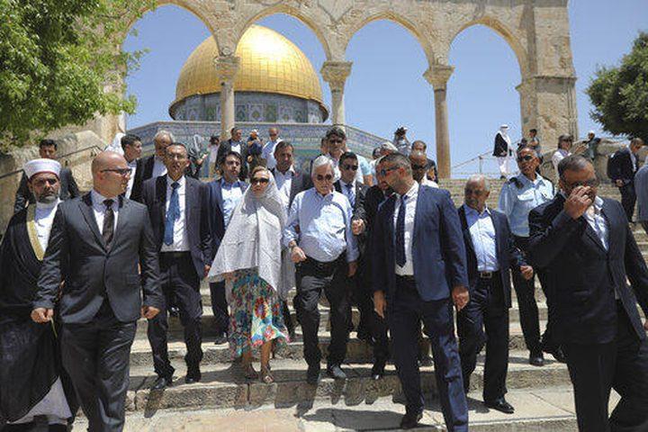 """""""إسرائيل"""" توبخ سفير تشيلي بسبب زيارة رئيسها للأقصى"""