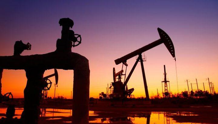 أسعار النفط تتجه نحو تسجيل أكبر ارتفاع شهري