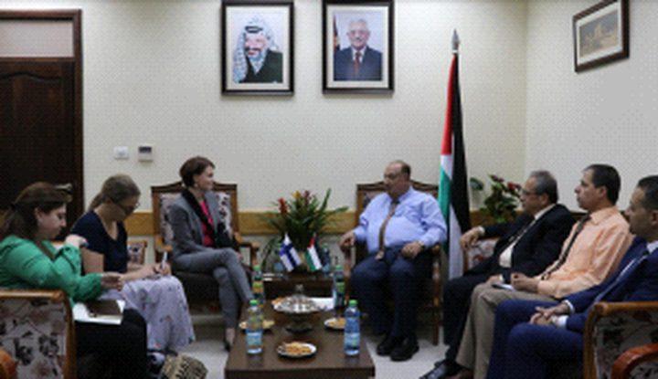 تعاون فلسطيني فنلندي في مجال التعليم