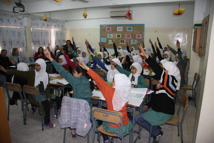 """الأردن يتحمل تكلفة الكتب المدرسية لـ""""الأونروا"""""""