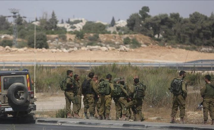 قوات الاحتلال تستولي على بركسات ومولدات شرق بيت لحم