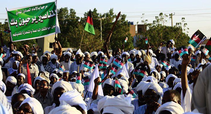 السودان.. قتيل وجرحى ودعوة للتوجه إلى قصر الرئاسة
