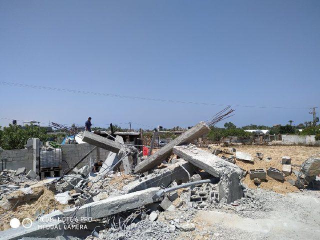 سلطة أراضي حماس تهدم منزل المواطن دوحان بخانيونس