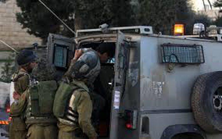 إعتقال ثلاثة مواطنين من الخليل