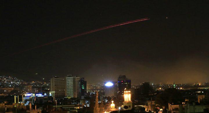 """""""أسباب خفية"""" وراء الهجوم الإسرائيلي على مواقع سورية"""