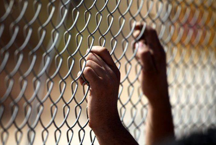 الأسير المقدسي شاهين يدخل عامه الـ19 في سجون الاحتلال