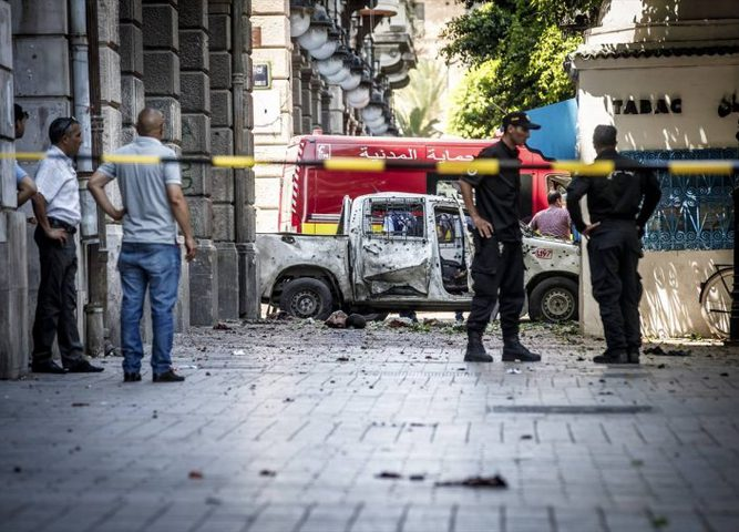 متشدد يفجر نفسه في العاصمة التونسية