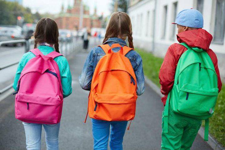 تحذير.. حمل التلاميذ أكثر من 20% من وزن الجسم على ظهرهم