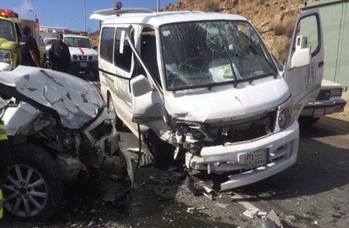 مصرع فلسطيني بحادث تصادم مركبتين في مصر