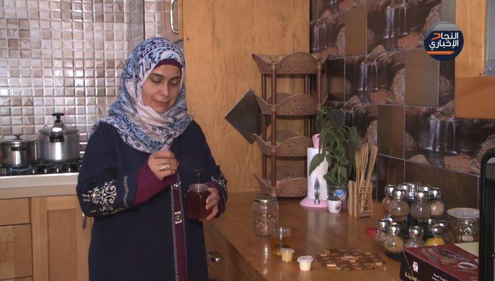 مأكولات فلسطينية ومنتجات بنكهة الورد
