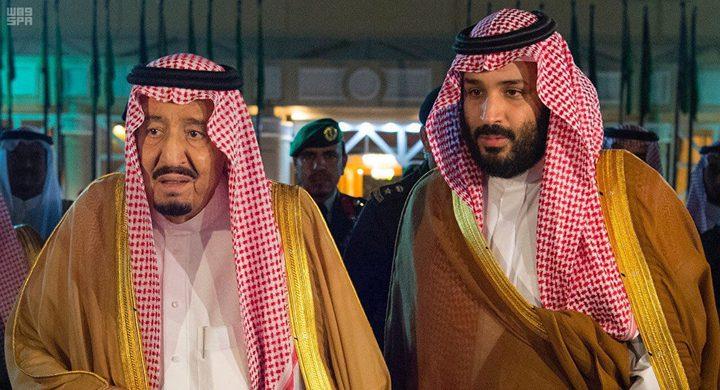 توجيهات مهمة من الملك سلمان لمجموعة من الصحفيين والكتّاب