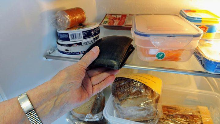 ماذا يعني وضع النقود في الثلاجة؟
