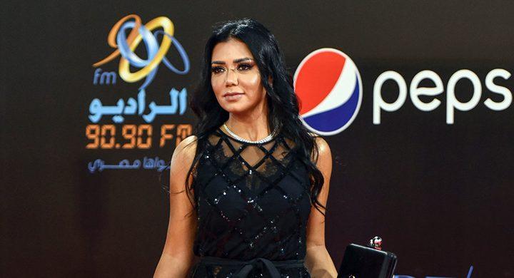 """رانيا يوسف تتدخل في """"حرية المرأة السعودية"""" وتحدث جدلاً واسعًا"""