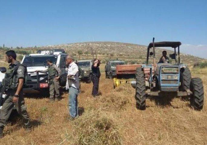 الاحتلال يستولي على سيارة وجرار لجمع النفايات شرق نابلس