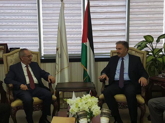 توقيع اتفاقية تعاون مشترك بين مركز اعلام النجاح وتلفزيون فلسطين