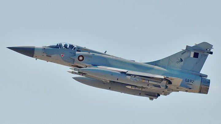 تصادم طائرتين عسكريتين قطريتين أثناء طلعة تدريبية ونجاة طاقميهما