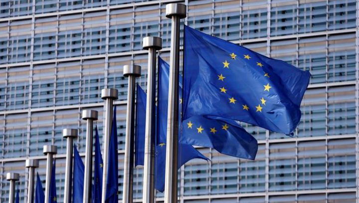 الاتحاد الأُوروبي يدرس خفض المساعدات المالية لتركيا