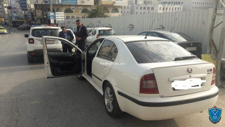 الشرطة تضبط 10 مركبات خاصة تنقل المواطنين بالأجرة