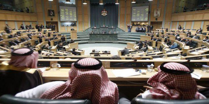 نواب أردنيون يطالبون حجب الثقة عن الحكومة بسبب اتفاقية الغاز